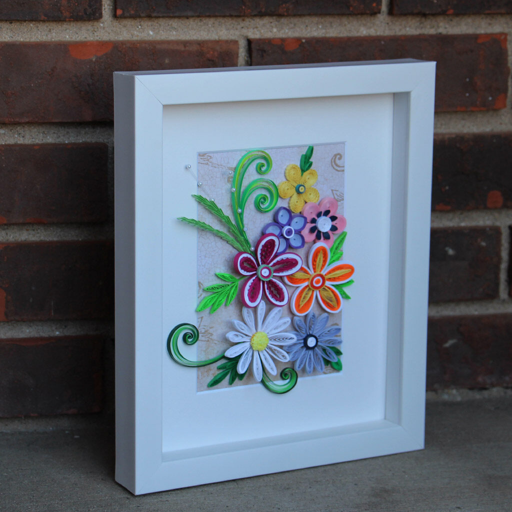 multiple flowers_quilled