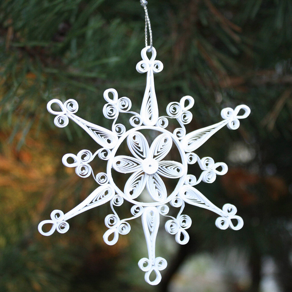 snowflake_quilling_ornament
